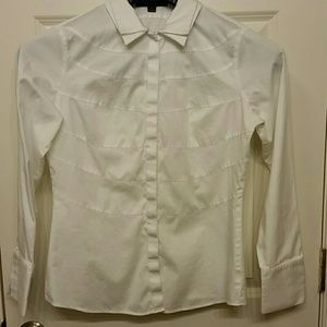 Woman's fitted button down